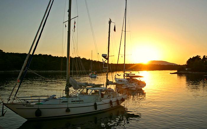 Start Flottillen Sonne Meer