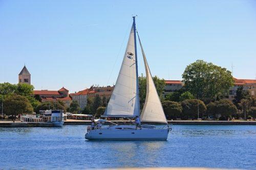 Yacht Segelreisen Sporedo Küste
