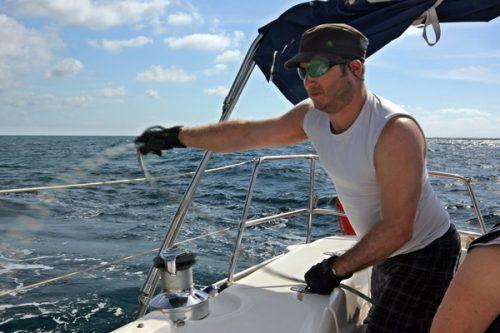 Skipper Arbeit auf der Yacht
