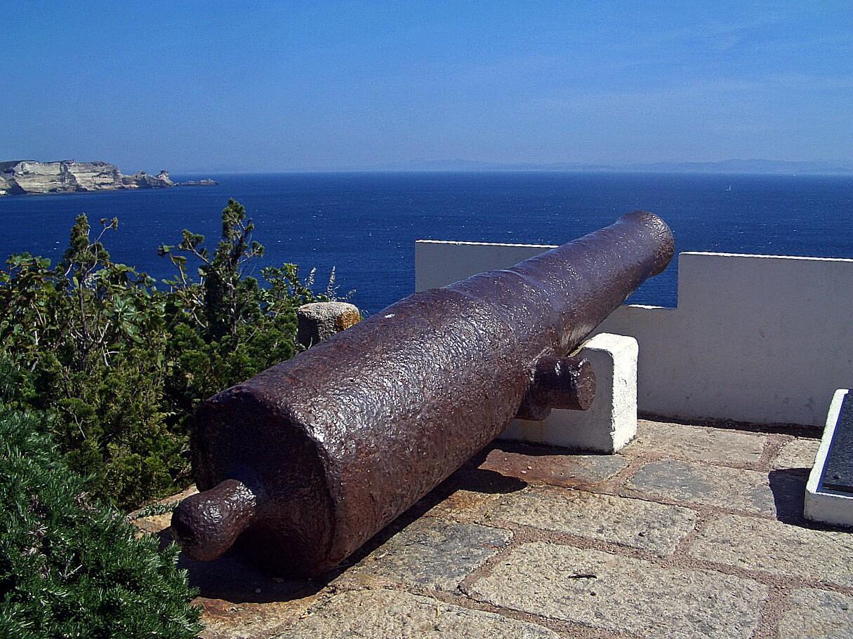 Kanone Ausblick auf das Meer