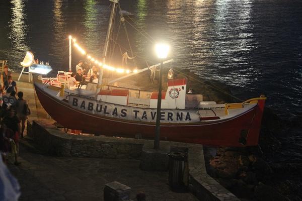 Abend Lichter Boot malerisch