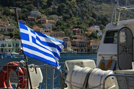 Griechenland Flagge auf Yacht