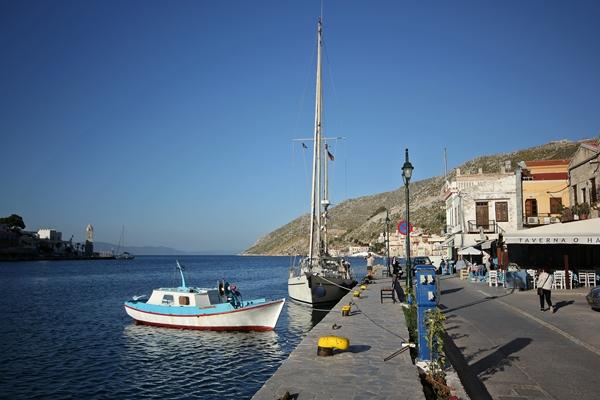 Pier anlegen Segelreise Sporedo