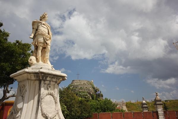 Statue Korfu Griechenland alt