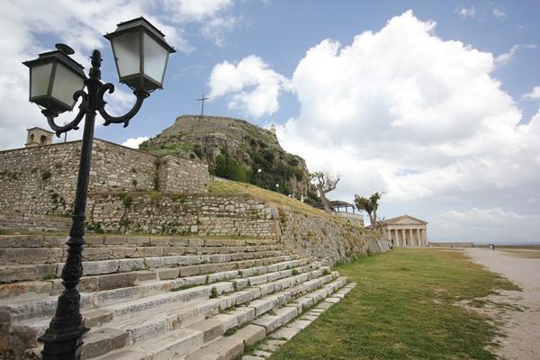 Stufen Korfu entdecken mit Sporedo