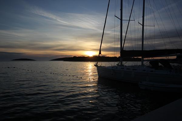 Sonnenuntergang Yacht Sporedo
