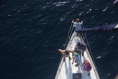 Team auf Yacht Zusammenhalt