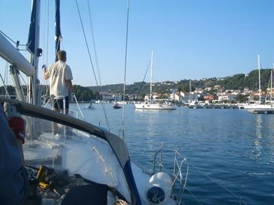 blauer Himmel Segelreise Sporedo
