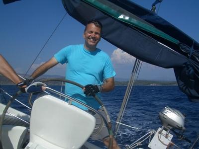 Skipper Steuern Yacht Sporedo