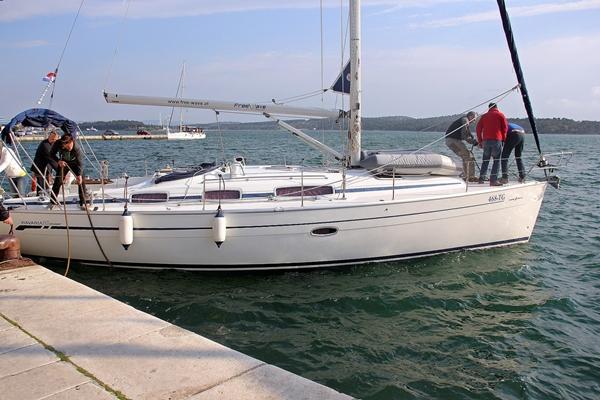 Hafen Yacht Sporedo
