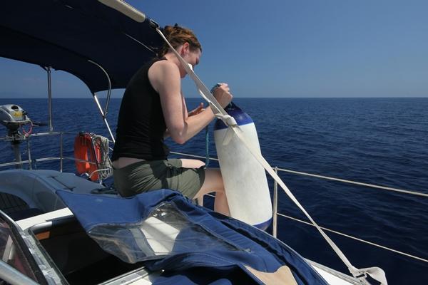 Segeln auf offenem Meer